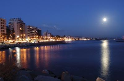 Podróżuj komfortowo na Cypr