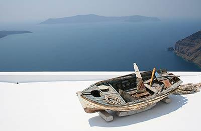 Rafina na Santorini